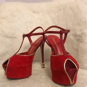 Red heels, size 6 and made in Italy